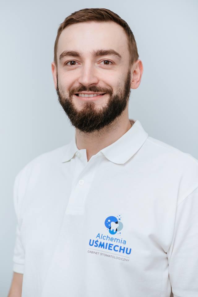 Aleksander Głuszko chirurg twarzowo szczękowy